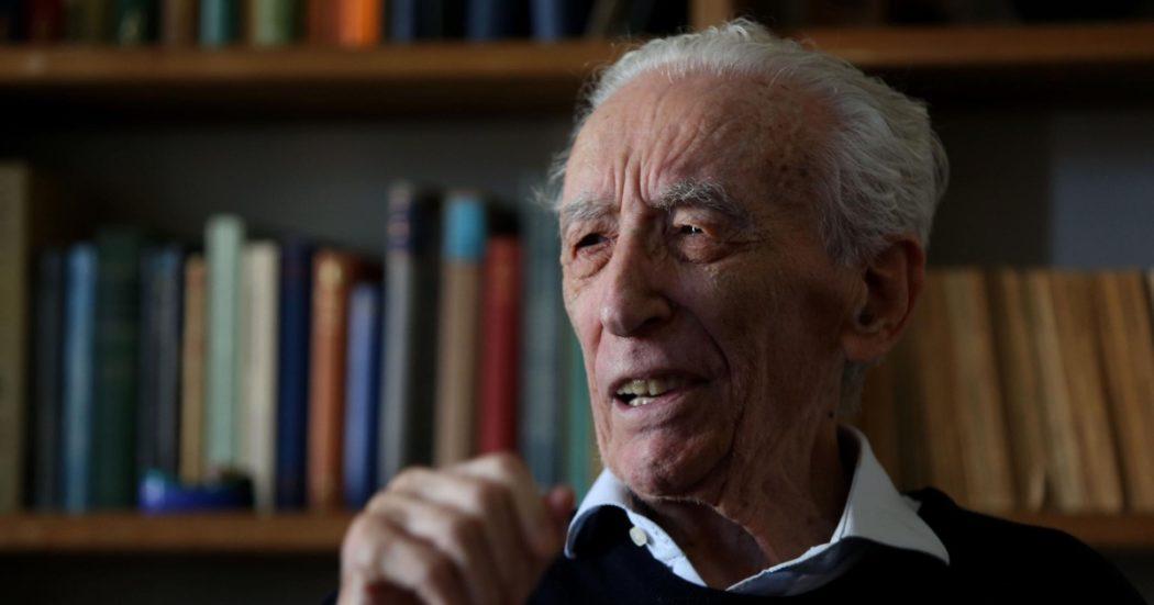 franco-loi-morto-a-90-anni-a-milano:-addio-a-uno-dei-piu-grandi-poeti-del-dopoguerra