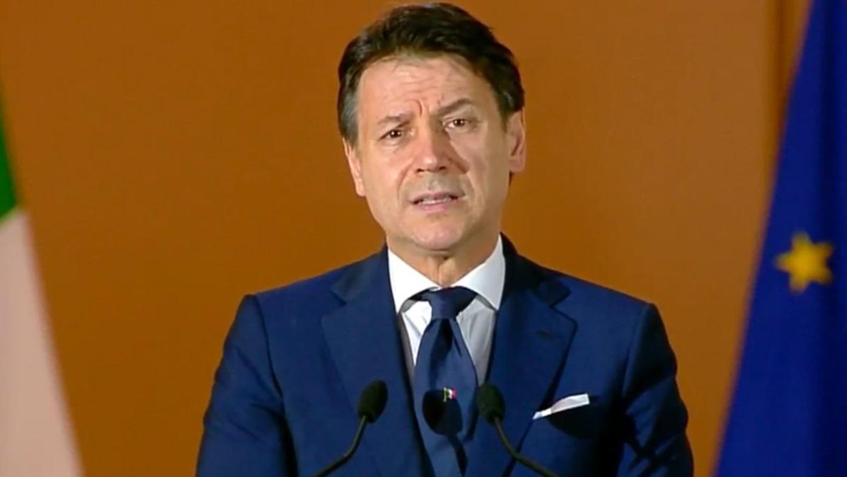 covid,-ecco-le-nuove-norme-fino-al-15-gennaio:-italia-zona-arancione-sabato-9-e-domenica-10