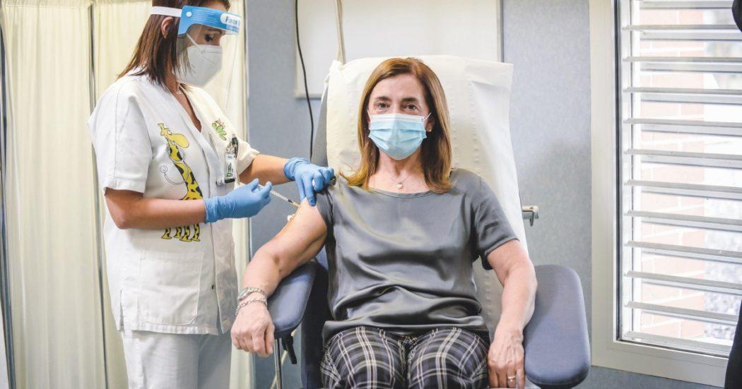 vaccini,-superato-il-mezzo-milione-di-italiani-immunizzati.-bolzano-e-lombardia-ultime-per-dosi-somministrate,-campania-al-75%