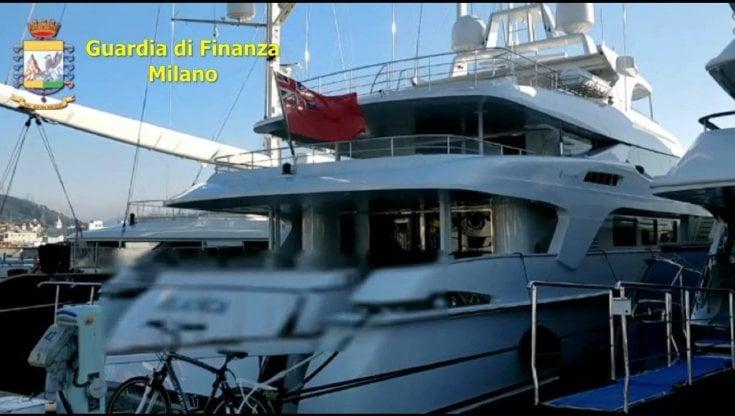 sequestrato-un-maxi-yacht-da-30-milioni-all'imprenditore-paolo-fassa