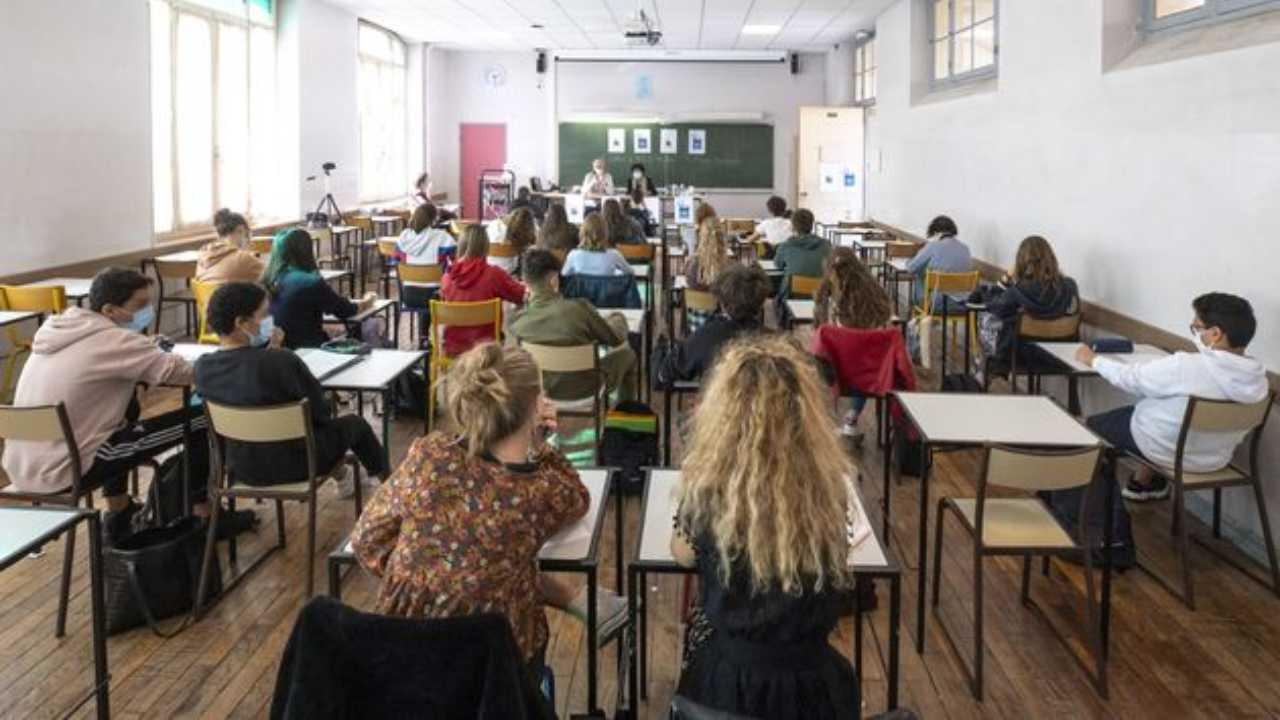 """scuole-nel-caos:-15-regioni-dicono-""""no"""""""
