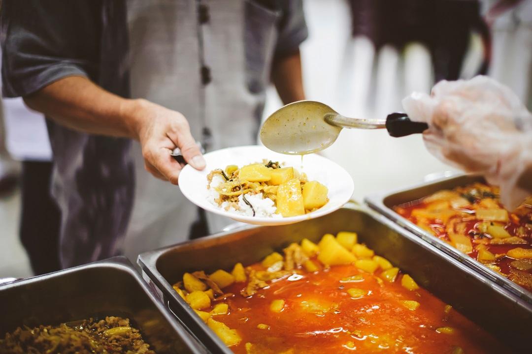 mensa-scolastica,-il-tar:-si-al-cibo-da-casa-con-i-compagni.