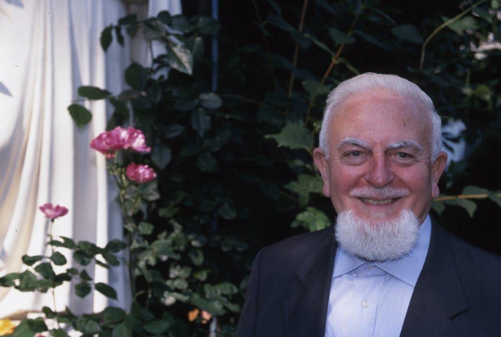 morto-a-93-anni-padre-mario-meda,-il-missionario-pime-inventore-del-sostegno-a-distanza.