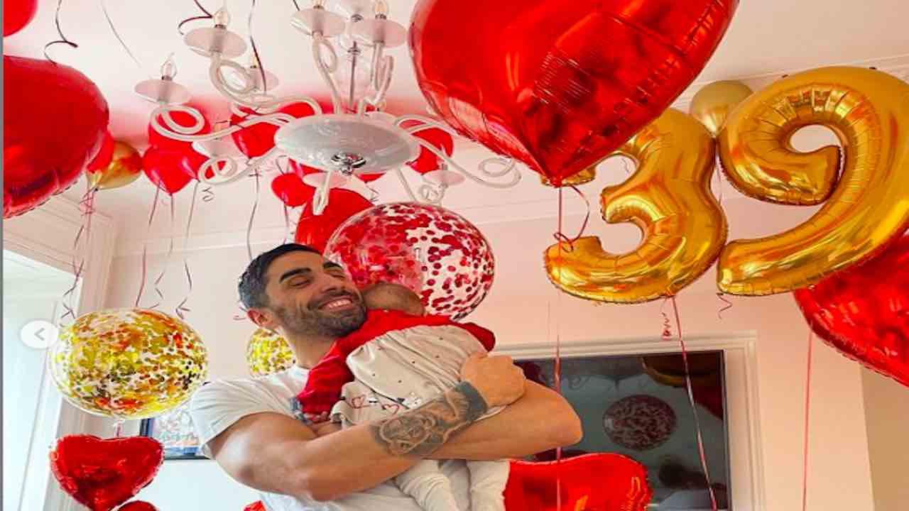giorgia-palmas,-festa-a-sorpresa-per-il-39esimo-compleanno-di-filippo-magnini
