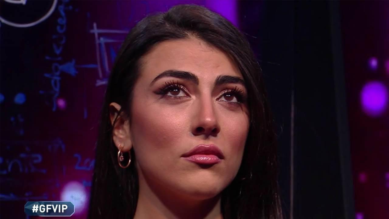 """gf-vip,-giulia-salemi-scoppia-in-lacrime-per-la-sorella-adottiva:-""""15-anni-che-non-la-sento"""""""