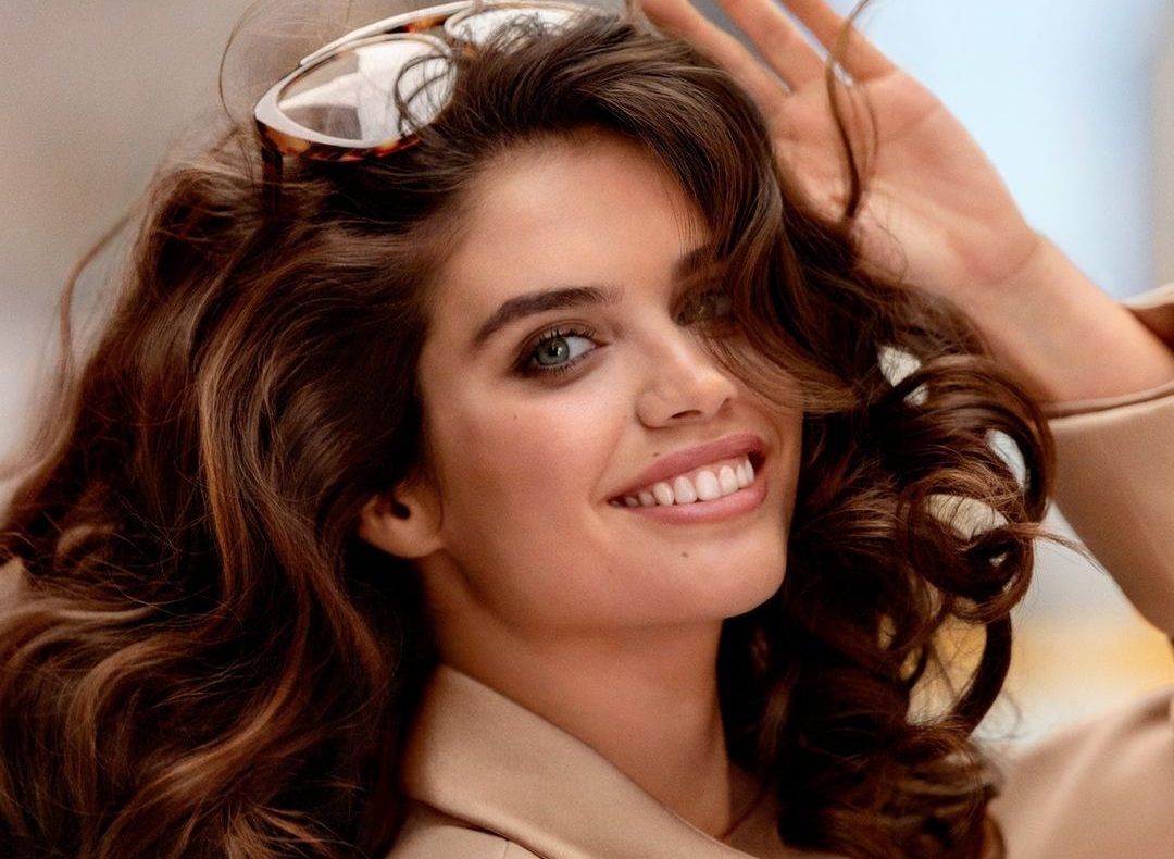 michael-kors:-sara-sampaio-e-il-volto-della-nuova-fragranza-gorgeous!