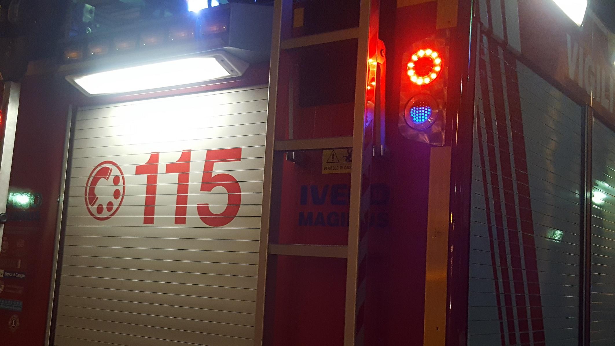casa-isolata-in-fiamme-a-murazzano:-intervento-dei-vigili-del-fuoco-nella-notte