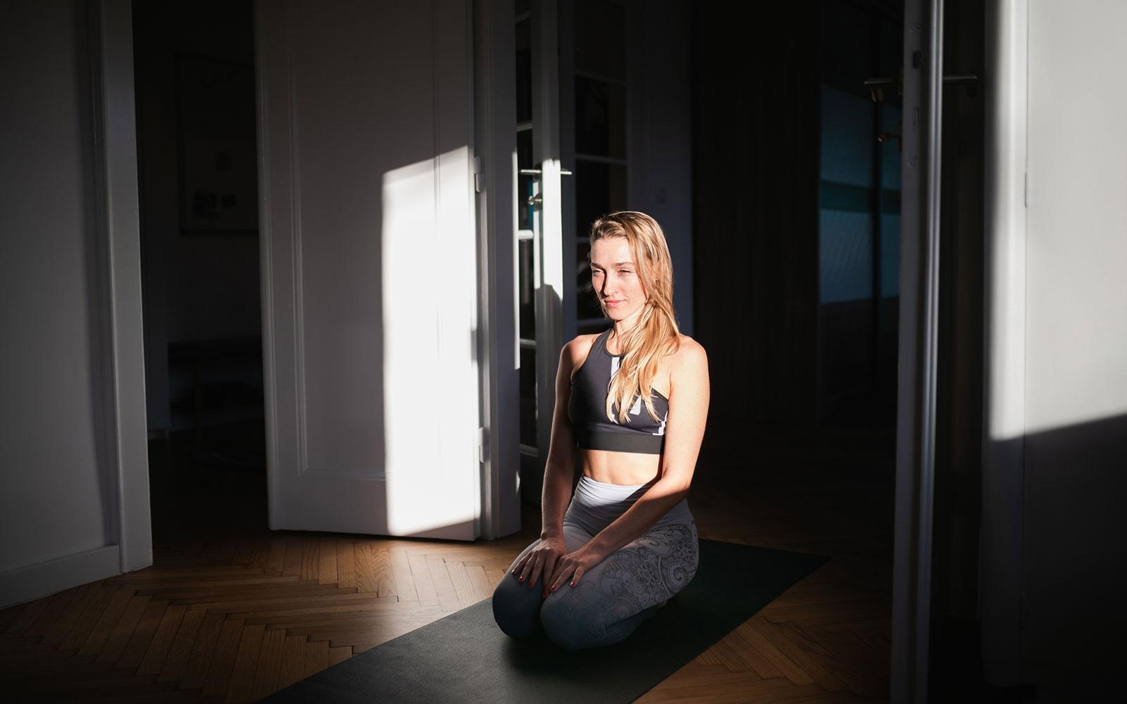 cattiva-digestione?-5-posizioni-yoga-per-digerire-meglio