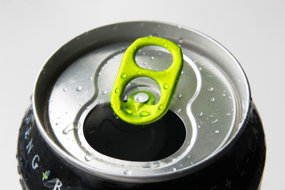 bere-questa-popolare-bevanda-danneggia-il-tuo-cuore.-lo-studio-che-conferma-i-danni-dei-suoi-ingredienti