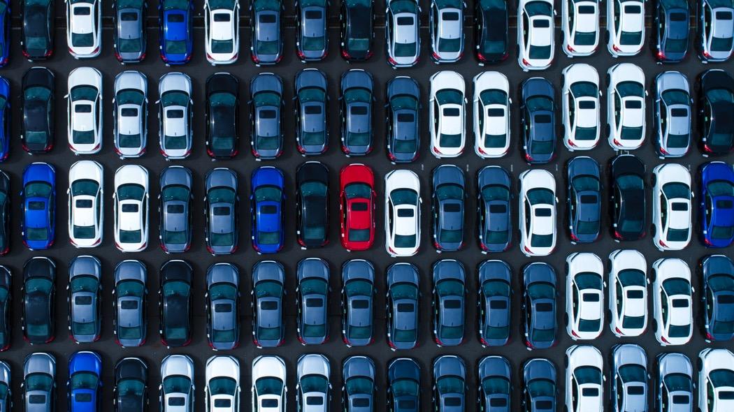 """perche-la-""""carestia""""-di-chip-ha-messo-in-subbuglio-l'industria-dell'auto"""
