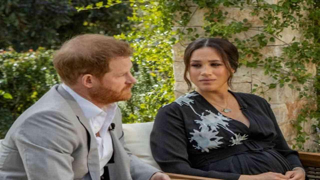 harry-e-meghan,-le-nozze-segrete-erano-una-farsa:-il-documento-inequivocabile