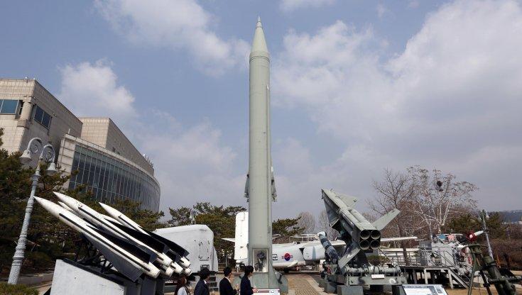 la-corea-del-nord-lancia-due-missili-balistici-verso-il-mare-del-giappone