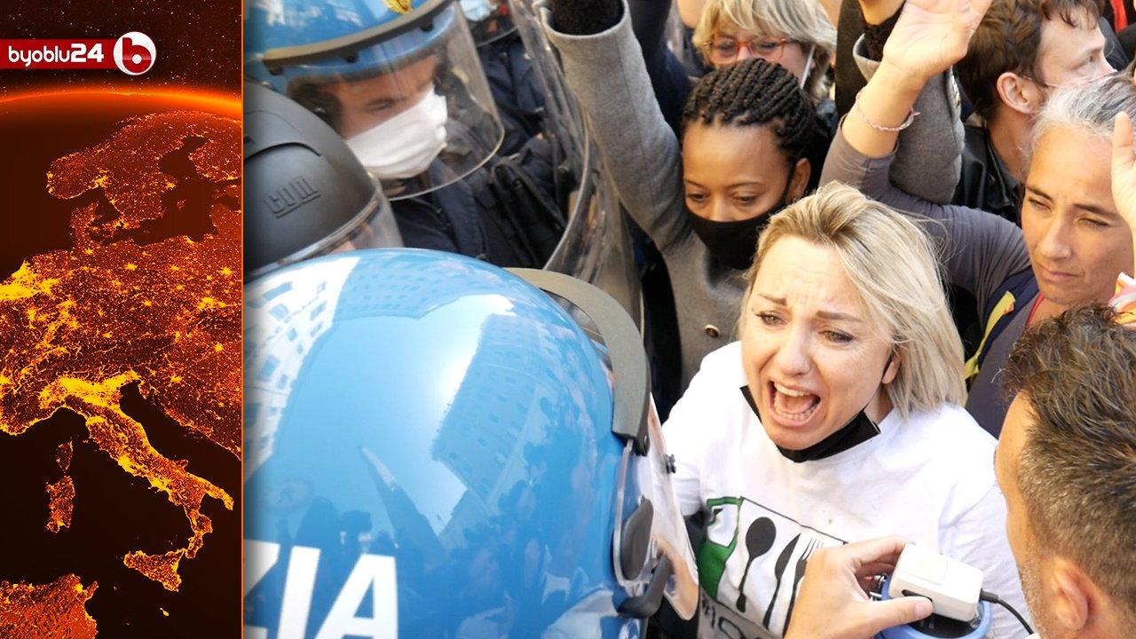 """protesta-a-montecitorio:-""""sopra-ci-stanno-loro,-l'1%-che-ci-vuole-distruggere,-sotto-ci-siamo-noi!"""""""