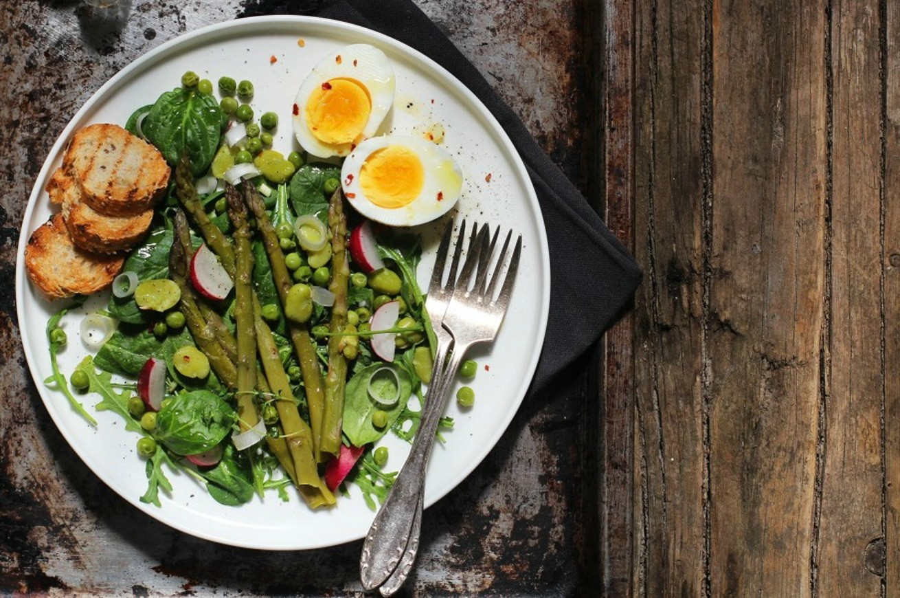 insalata-di-verdure-cotte-e-uova-sode