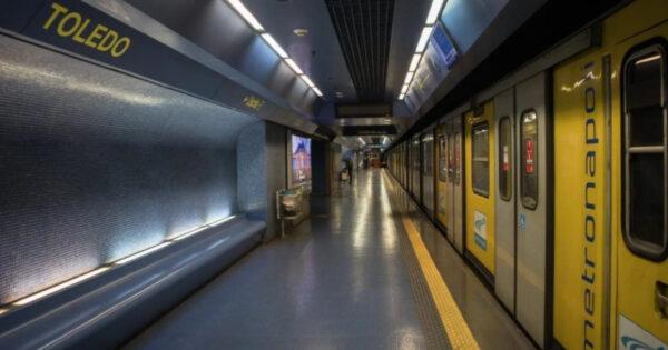 napoli,-viaggiatore-investito-da-treno-della-metropolitana-nella-stazione-toledo