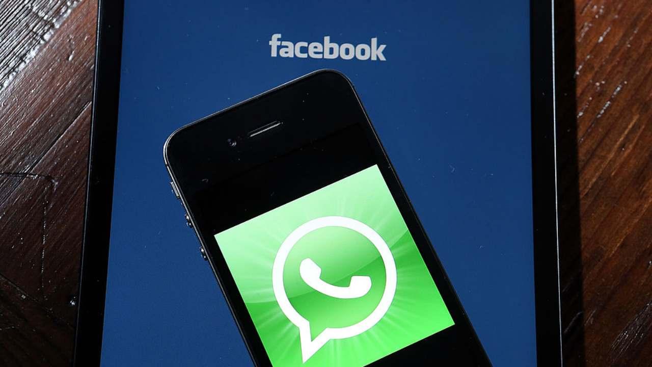 la-grande-novita-di-facebook-che-coinvolge-whatsapp:-cambia-tutto