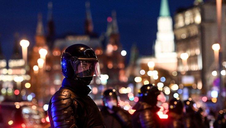 russia,-navalnyj-visitato-da-medici-civili
