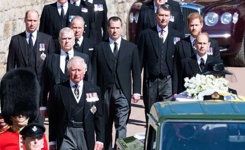 royal-family-in-lutto,-una-sconosciuta-entrare-nelle-residenze-reali-in-cerca-del-principe-andrea