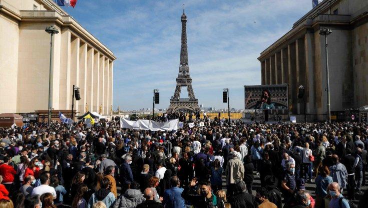 francia,-migliaia-in-piazza-per-chiedere-giustizia-per-sarah-halimi