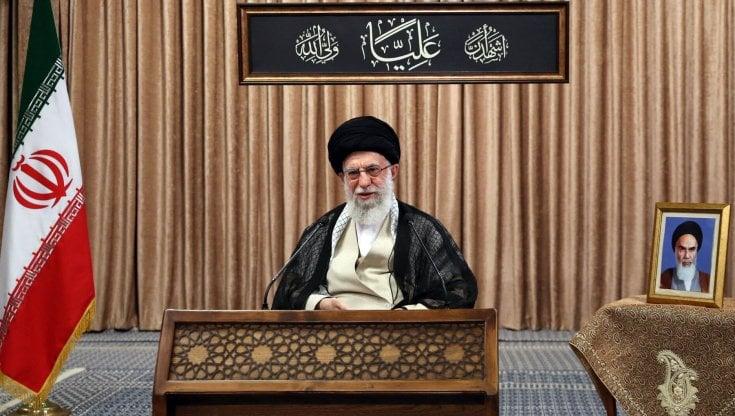 iran,-khamenei-contro-zarif-per-audio-filtrato:-lo-scontro-a-due-mesi-dalle-presidenziali