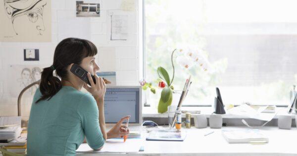 incrementare-lo-smart-working-alle-donne:-le-famiglie-sono-allo-stremo