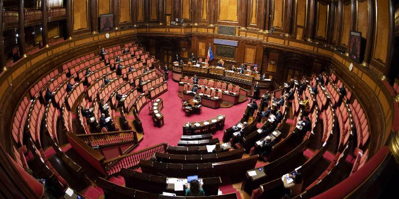 vitalizi-ai-condannati,-l'aula-del-senato-approva-tutte-le-mozioni