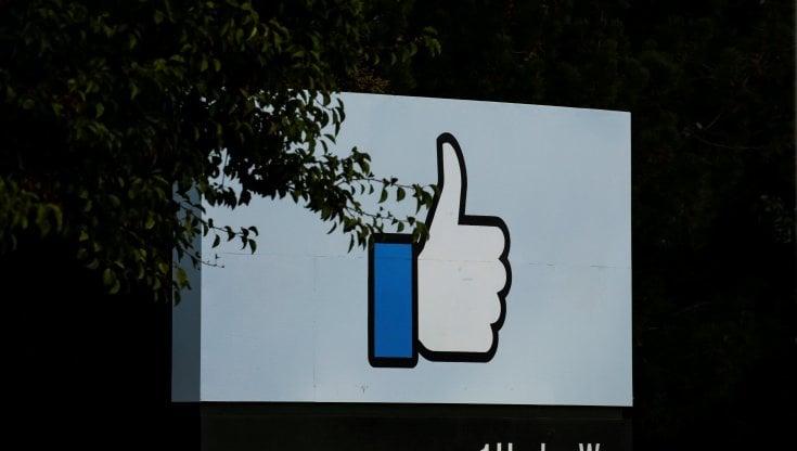 privacy-e-iphone,-facebook-aggira-i-blocchi-di-apple-e-ci-traccia-lo-stesso
