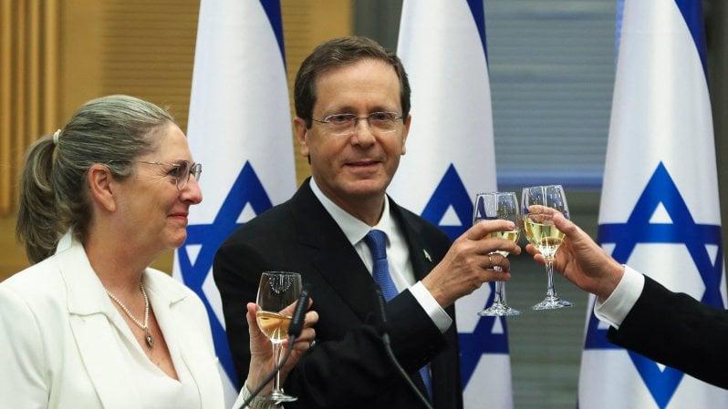 israele,-il-laburista-herzog-eletto-nuovo-presidente.-e-arriva-il-governo-degli-anti-netanyahu