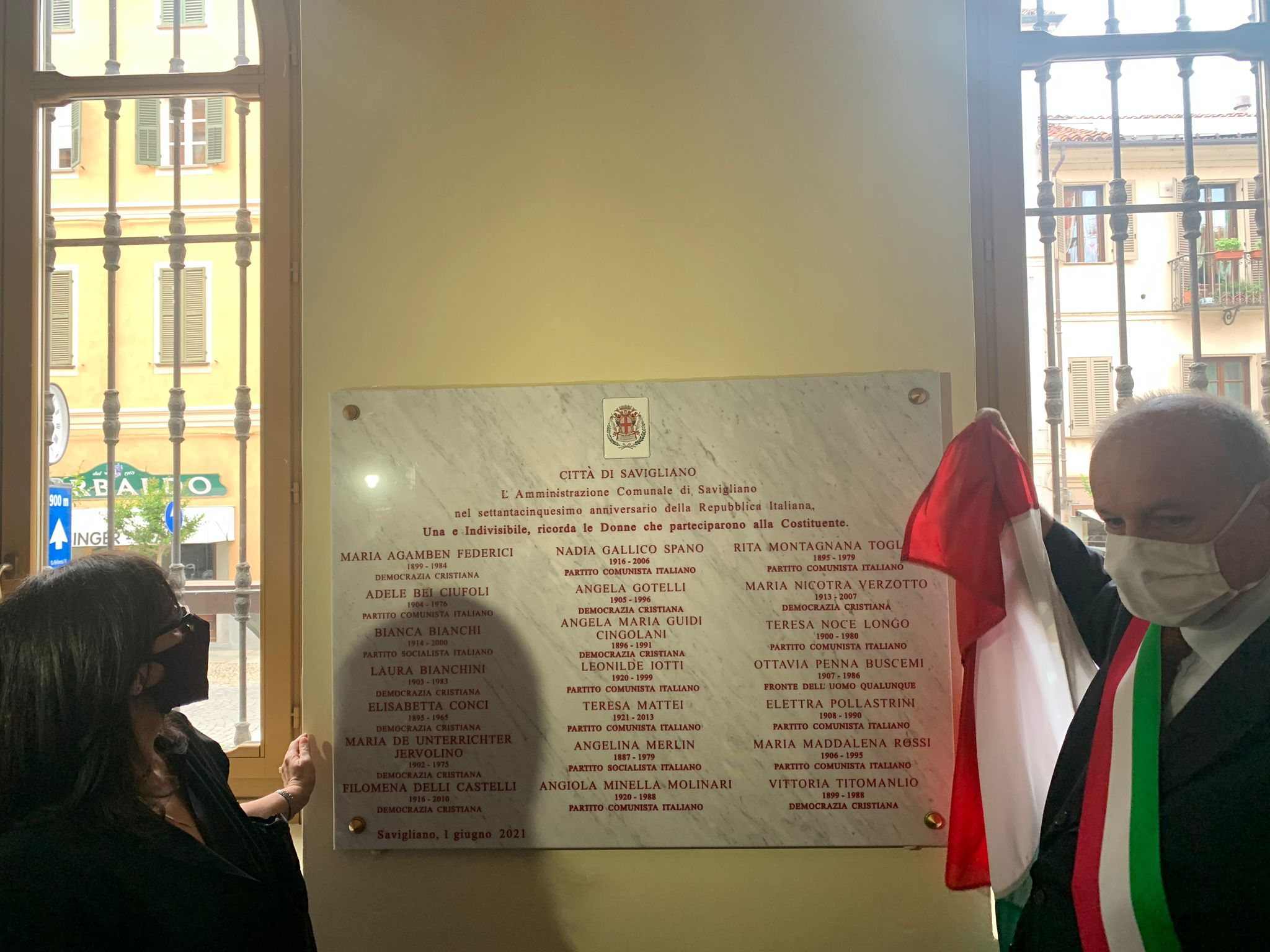 savigliano,-scoperta-la-targa-dedicata-alle-21-donne-della-costituente-(foto)