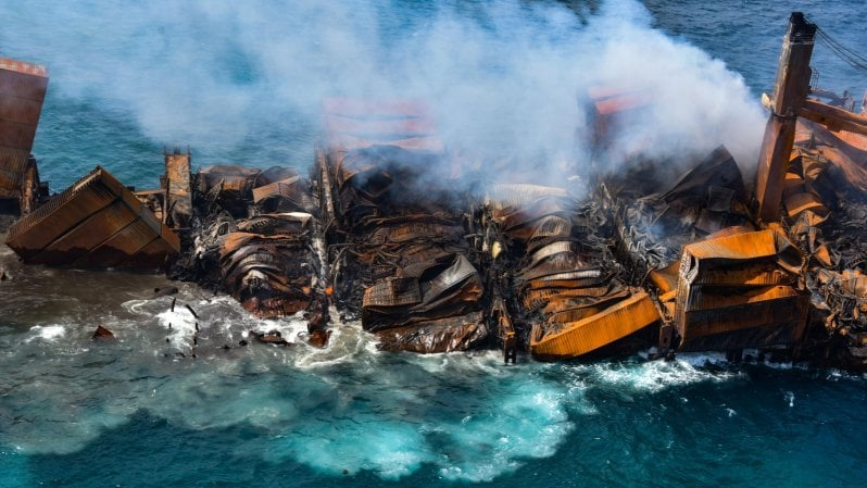 sri-lanka,-disastro-ambientale:-affonda-il-cargo-dei-veleni