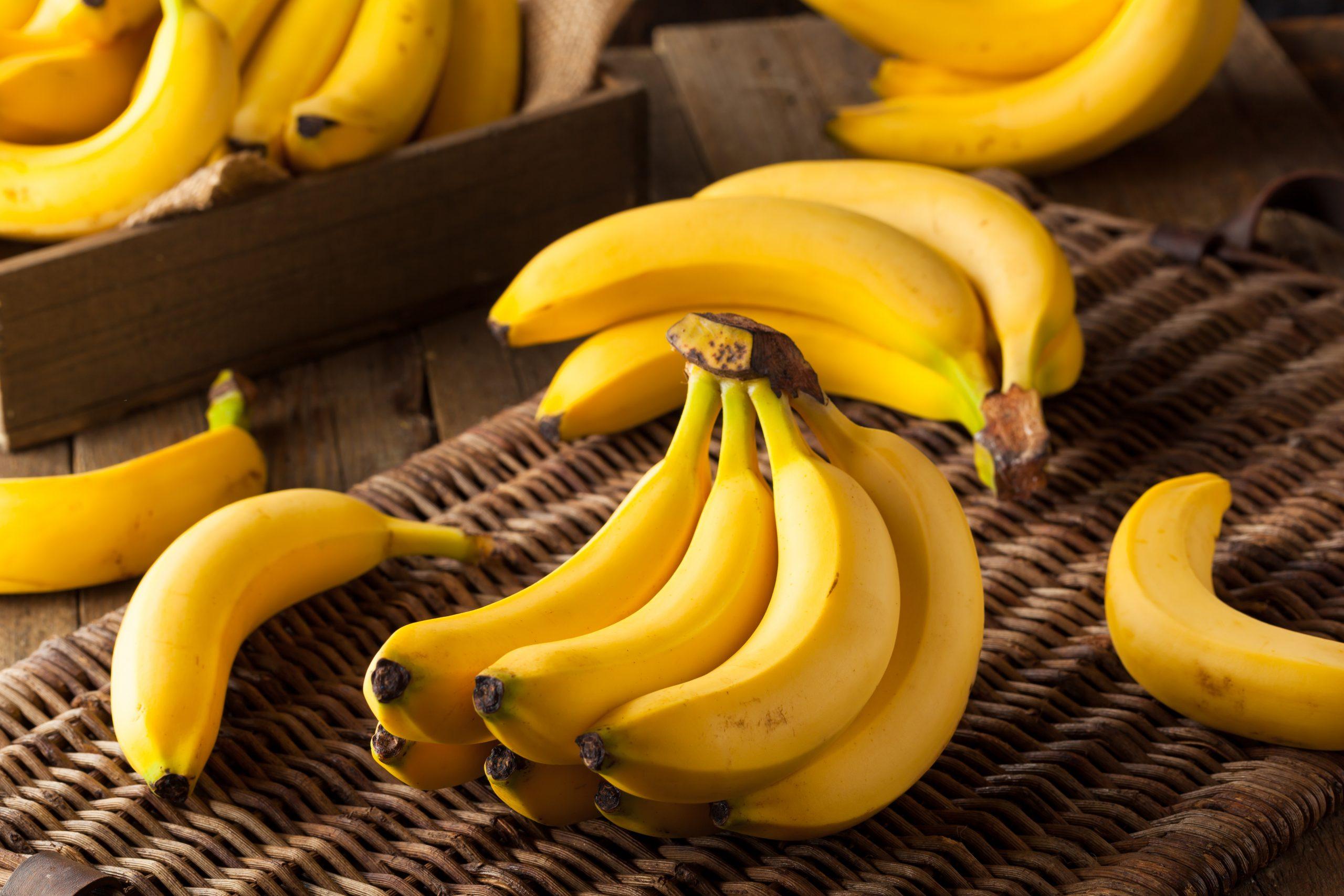 """non-buttare-le-bucce-di-banana,-puoi-trasformarle-in-""""pancetta""""-vegetale-con-questa-ricetta"""
