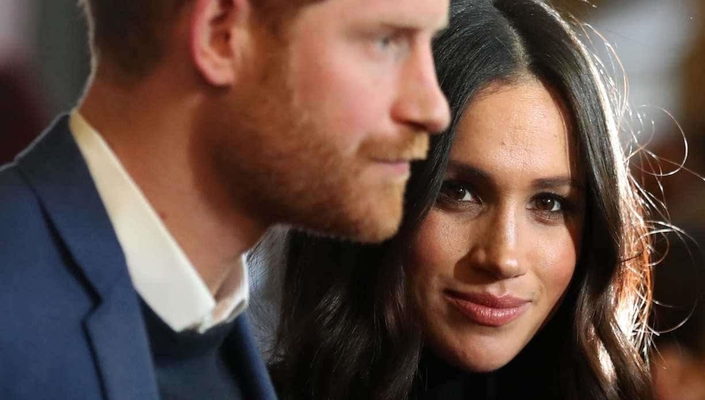 meghan,-la-piu-grande-paura-e-perdere-il-titolo-di-duchessa:-a-harry-chiede-di-abbassare-i-toni