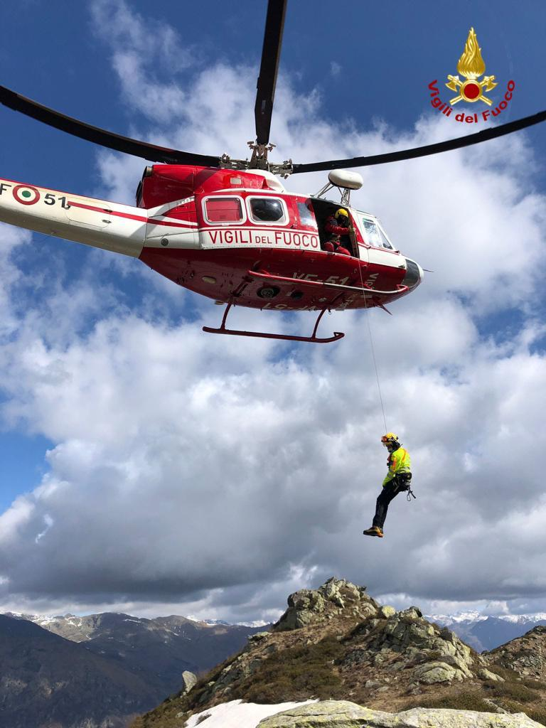 due-escursionisti-sorpresi-dal-maltempo-sul-colle-del-preit:-intervento-di-soccorso