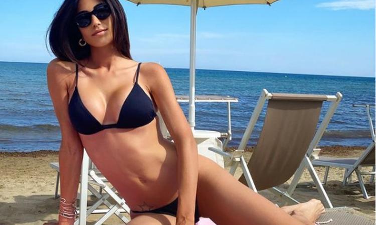 federica-nargi-show-in-bikini:-'che-l'estate-abbia-inizio'-foto