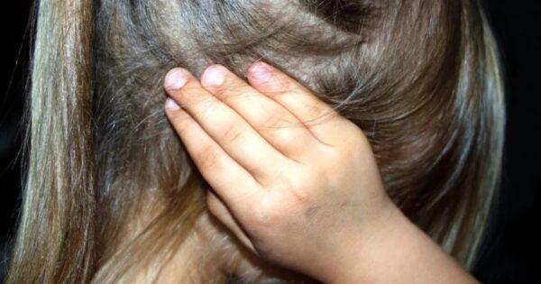 abusata-dal-padre-da-quando-aveva-9-anni,-ragazzina-confessa-tutto-alla-zia:-arrestato-il-genitore