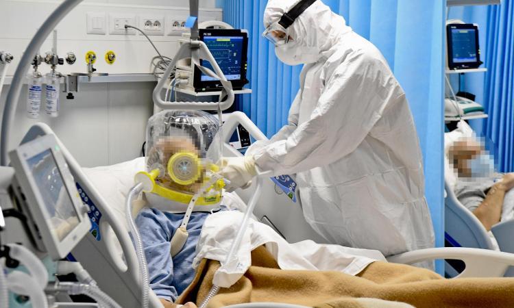 coronavirus,-il-bollettino:-1896-nuovi-positivi,-102-morti.-tasso-di-positivita-sceso-allo-0,85%