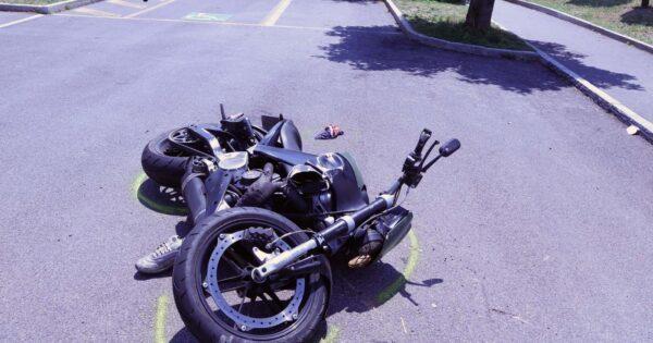 schianto-scooter-camion,-giovane-papa-muore-mentre-va-a-lavoro