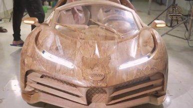 la-replica-della-bugatti-centodieci-da-8-milioni-di-euro-e-fatta-con-legno-e-led