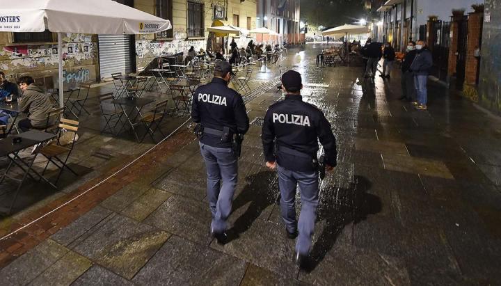cronache-da-berlino-est:-quelle-redazioni-liberal-sempre-pronte-a-impartire-lezioni-agli-italiani