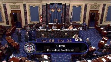 il-senato-americano-approva-un-disegno-di-legge-per-competere-con-la-tecnologia-cinese