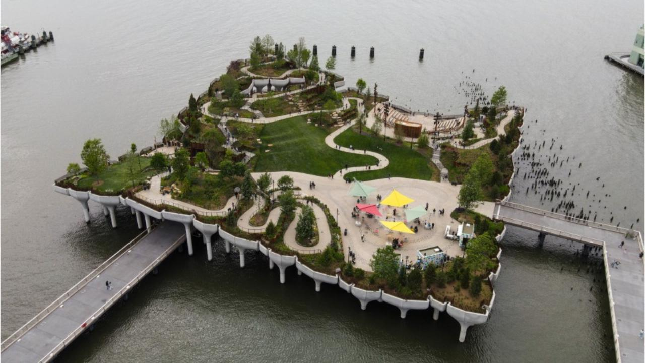 little-island,-l'ultima-meraviglia-di-new-york,-e-un'oasi-futuristica-costruita-sull'acqua