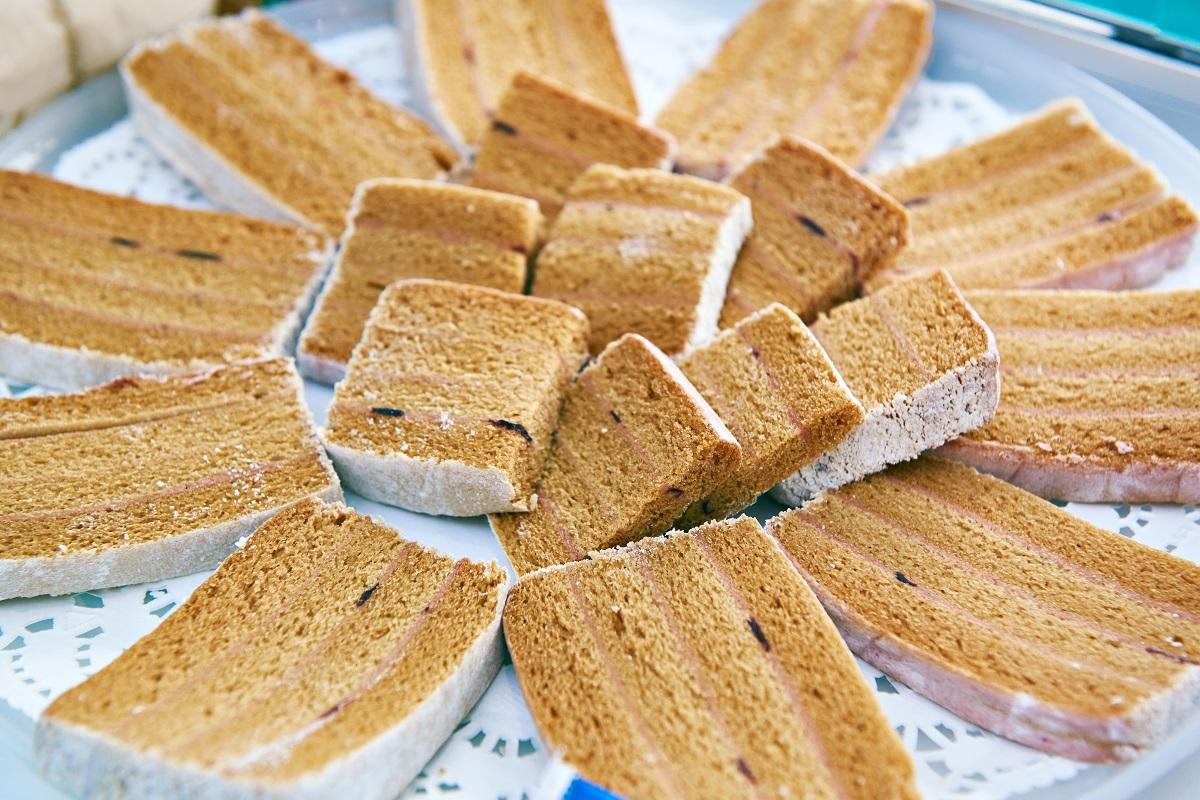 pastila,-la-storica-ricetta-del-dolce-russo-amato-da-dostoevskij-che-trasforma-le-mele-in-'marshmallow'