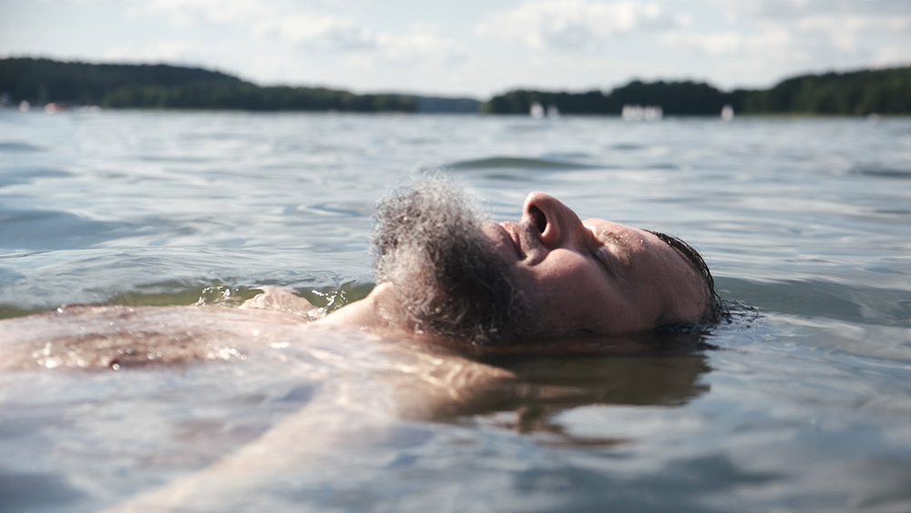 version-digital-to-distribute-life-affirming-spanish-als-documentary-'7-lakes-7-lives'-(exclusive)