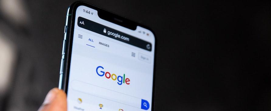 google-iniziera-a-dire-agli-utenti-quando-le-sue-risposte-non-sono-affidabili