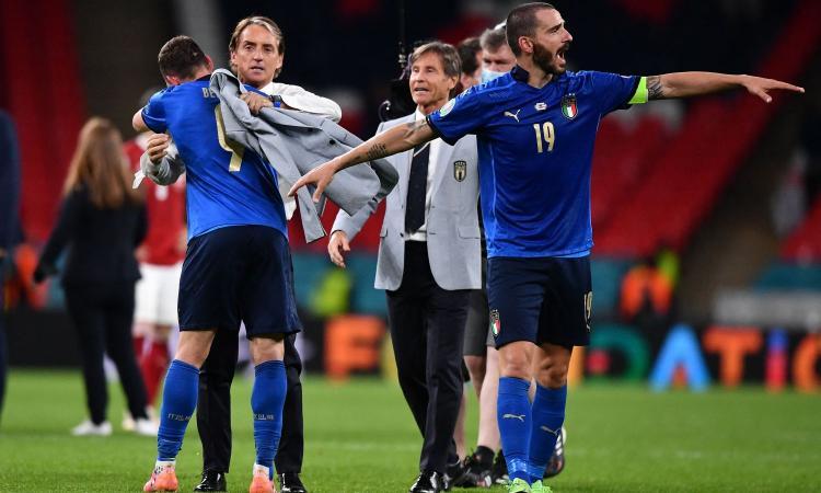 l'italia-non-brilla-e-rischia-di-perdere-con-l'austria,-ma-i-cambi-di-mancini-ci-portano-ai-quarti