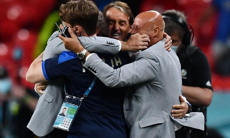 italia,-mancini-supera-pozzo:-nuovo-record-di-partite-senza-sconfitte
