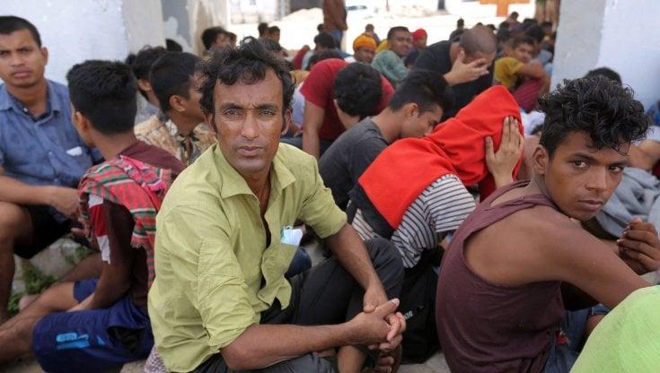 tunisia,-tratti-in-salvo-in-mare-178-migranti,-2-morti