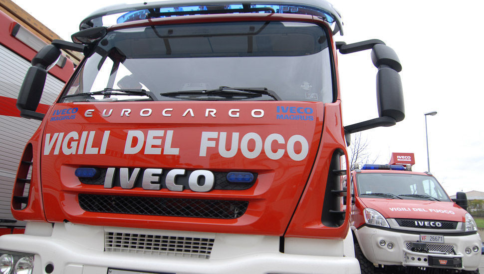 scontro-fra-auto-e-furgone-sull'a33:-un-ferito