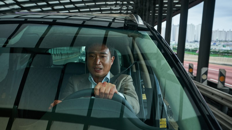 korea-box-office-weekend-reaches-yearly-high-led-by-local-thriller-'hard-hit'