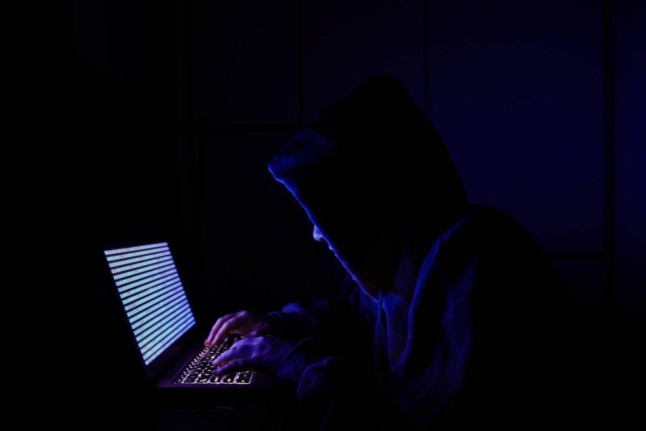 saurer-sotto-attacco-(virtuale)